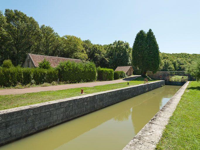 site de l'écluse 46 du versant Seine, dite de la Maladrerie (canal du Nivernais)