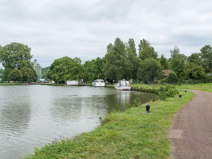 port de Coulanges ; gare d'eau (canal du Nivernais)