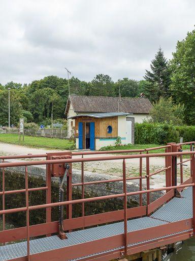 Site de l'écluse 52, dite de Coulanges (canal du Nivernais)