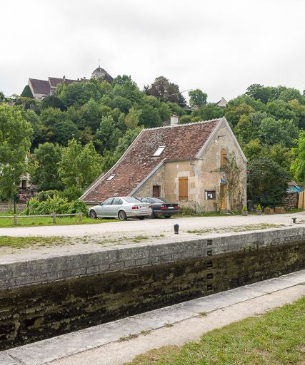 Site de l'écluse 57, dite de Châtel-Censoir (canal du Nivernais)