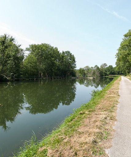 barrage à aiguilles, dit Pertuis des Dames (canal du Nivernais)
