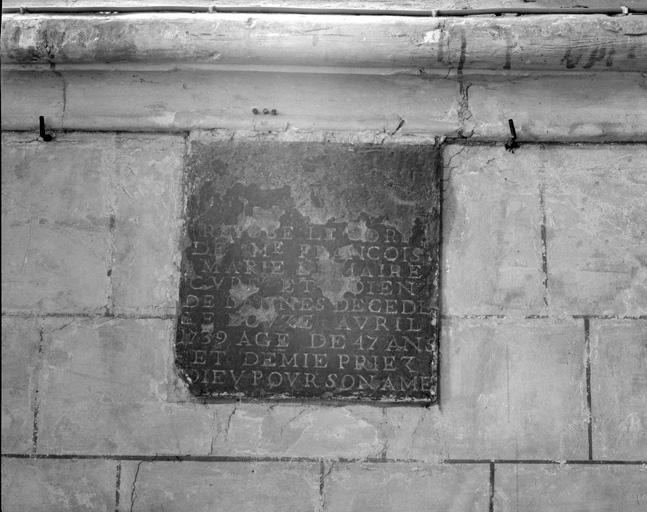 Plaque funéraire du curé doyen François-Marie Lemaire