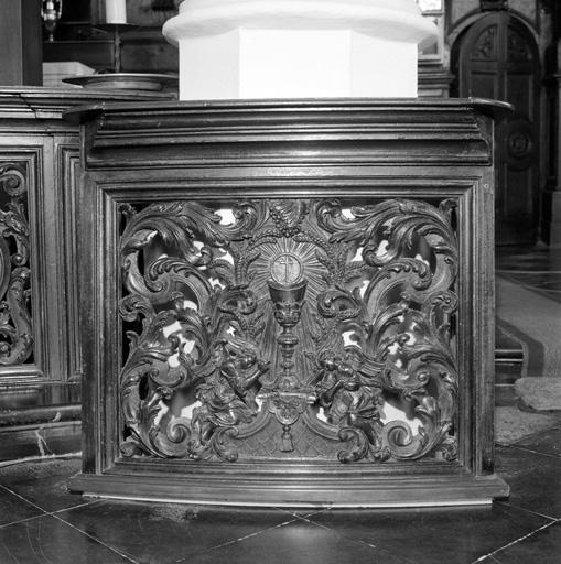 clôture de choeur (table de communion) No 1