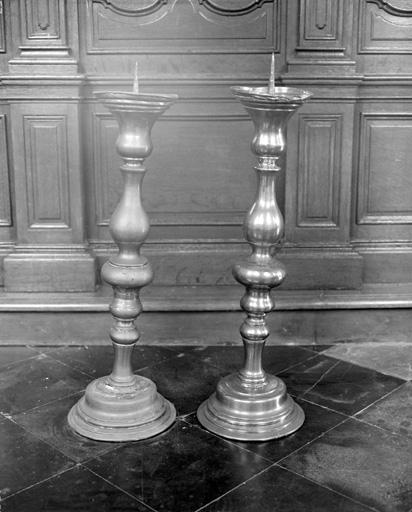 2 chandeliers d'autel (paire)
