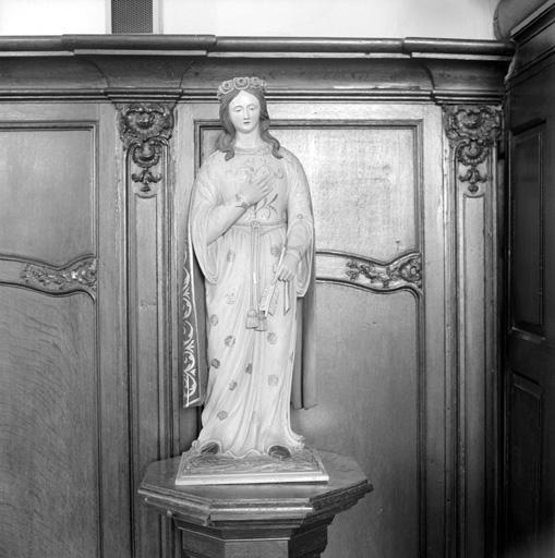 statue : Sainte Philomène