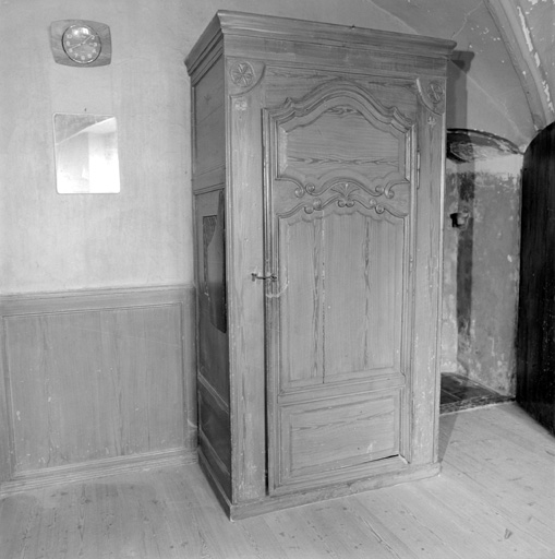 armoire confessionnal