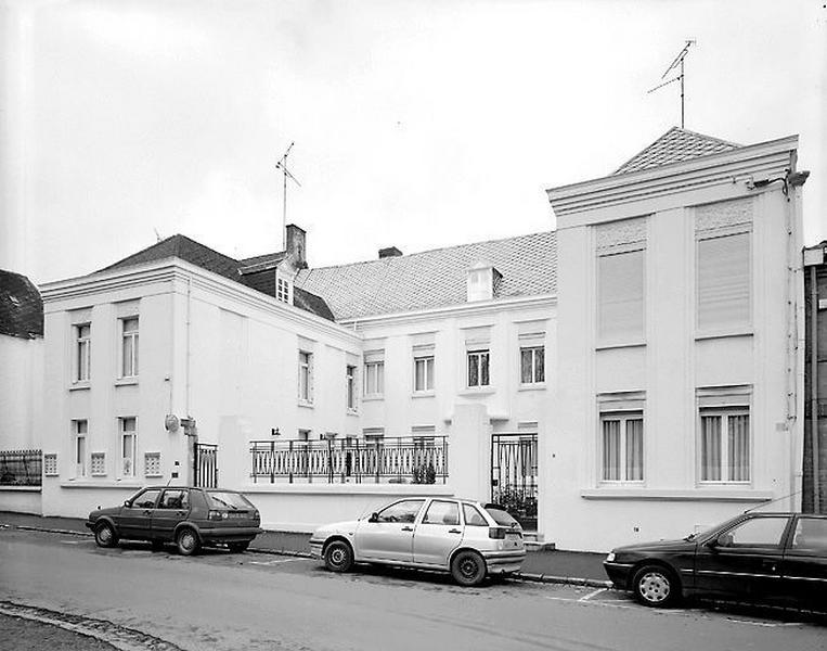 Hôtel de chanoine (hôtel du prévôt de la collégiale Notre-Dame)