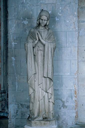 Statue (grandeur nature) : Vierge dite Notre-Dame de Lourdes
