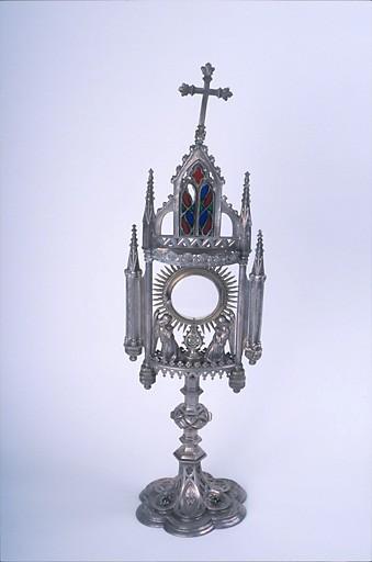 Ostensoir de style néo-gothique