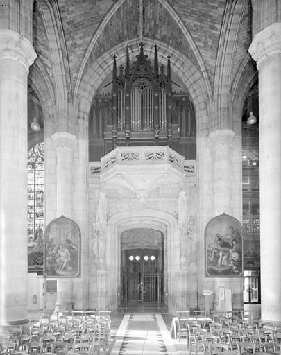 Grand orgue de style néo-gothique