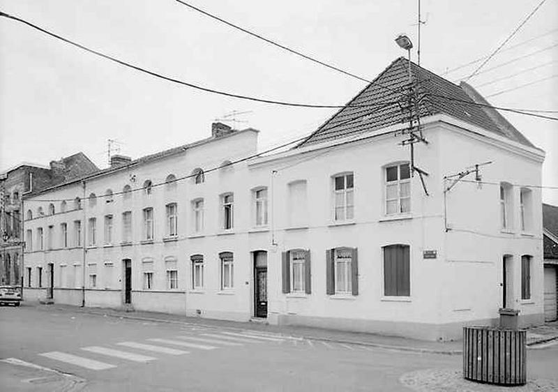 Série de 3 maisons