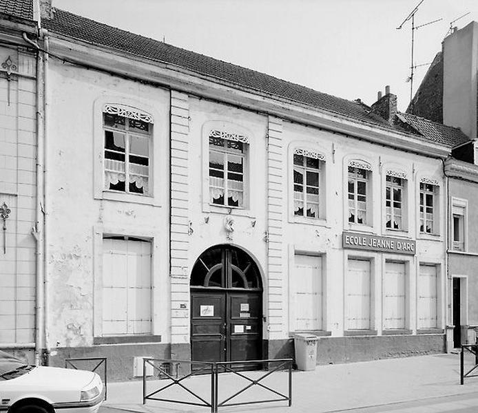 Hôtel, puis école Jeanne-d'Arc, actuellement maison