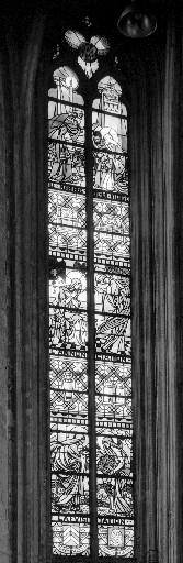 Verrière historiée de style Art Déco : scènes de la Vie de la Vierge (baie 15)