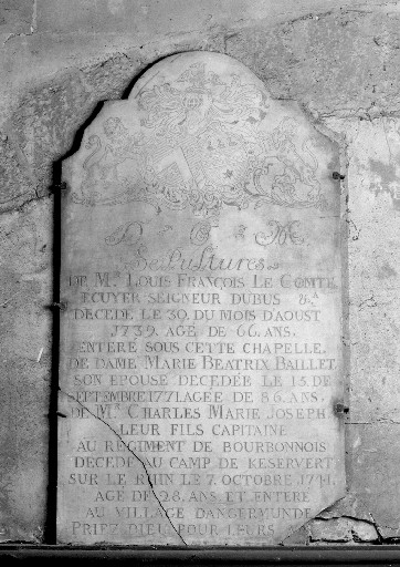 Plaque funéraire de Louis François le Comte