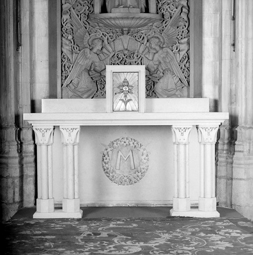 Autel table, tabernacle (ensemble de l'autel de la Vierge)
