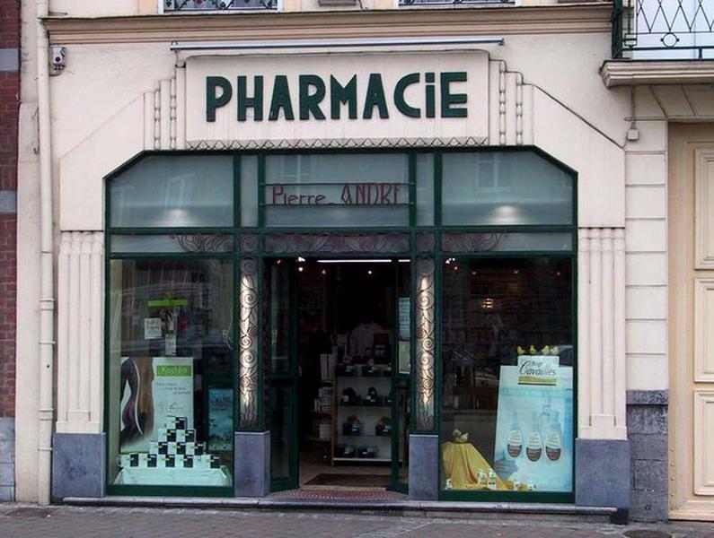 Auberge du Cerf, puis maison et pharmacie André