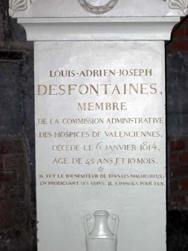Monument commémoratif de Louis Adrien Joseph Desfontaines (buste en hermès)