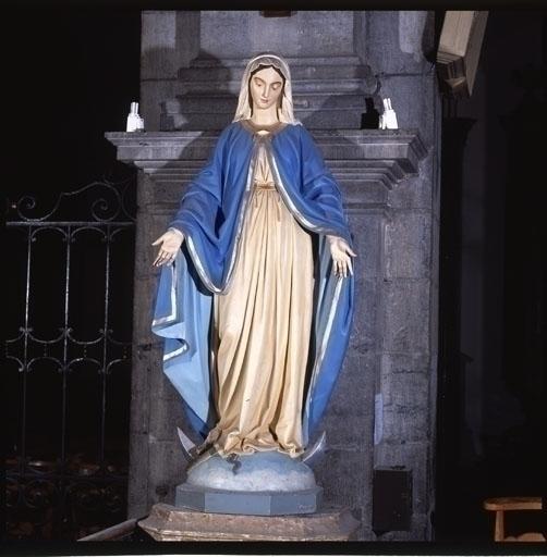 Statue (grandeur nature) : Vierge de l'Immaculée Conception