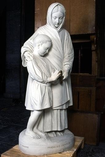 Groupe sculpté (grandeur nature) : La Prière des orphelins