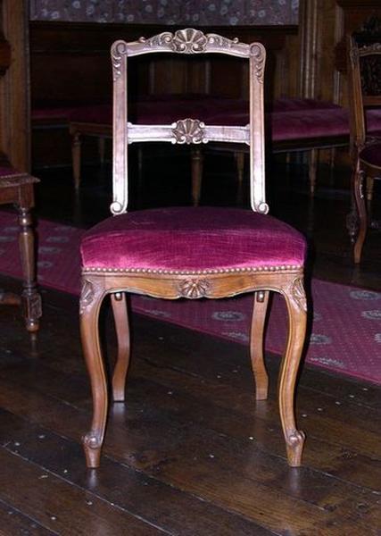 Ensemble de 8 chaises de style Régence