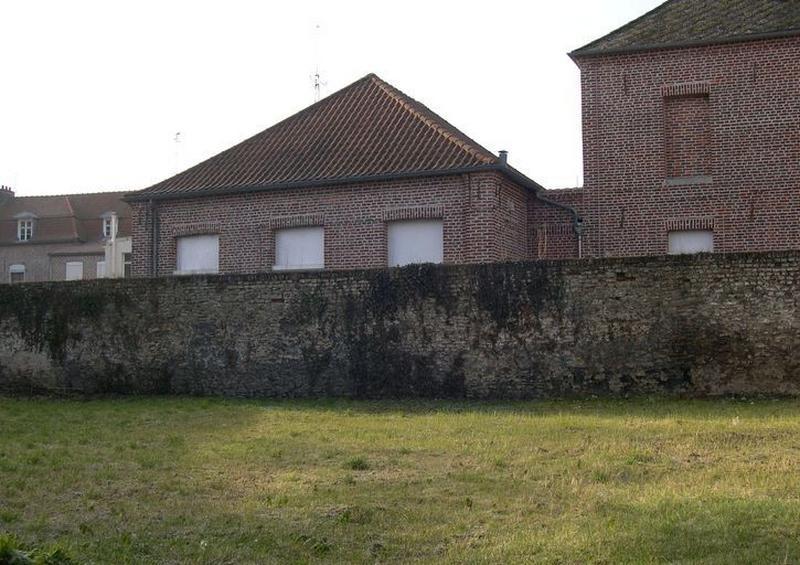 Salle d'asile, puis école maternelle, actuellement centre de formation et cyberbase