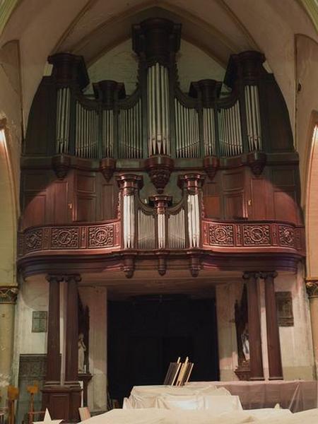 Orgue monumental : ensemble du grand-orgue, du positif et de la tribune