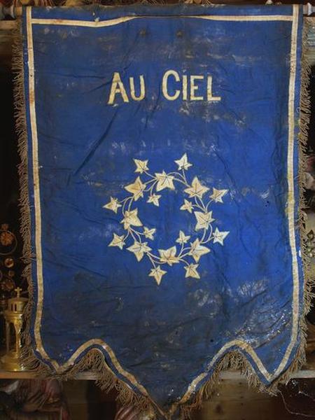Bannière de procession : I.H.S.