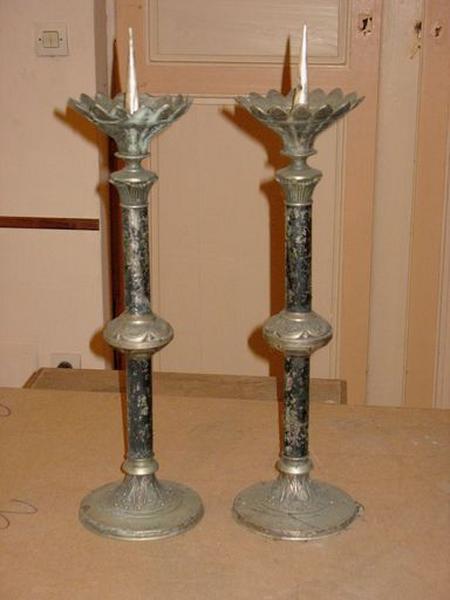 Ensemble de 2 chandeliers d'église