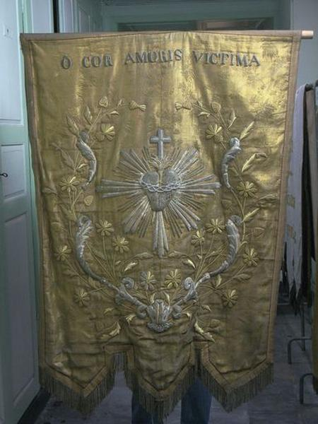 Bannière de procession du Sacré-Coeur
