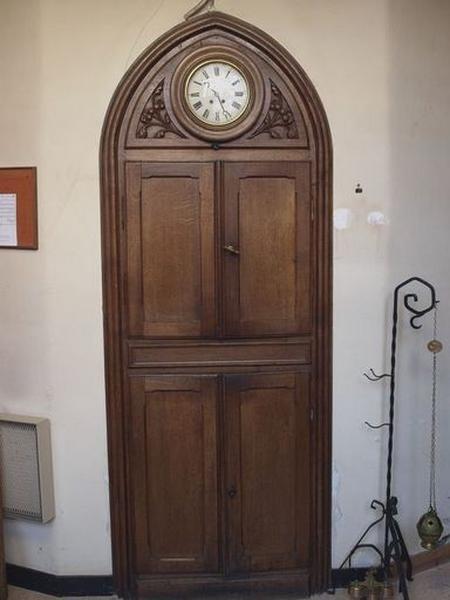 Horloge de sacristie ; placard de sacristie