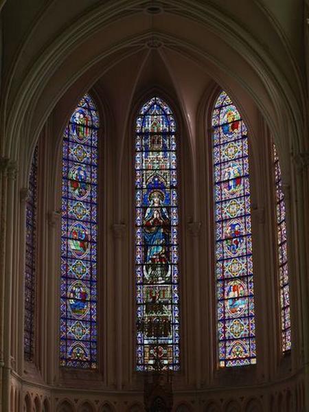 Ensemble de 3 verrières : Immaculée Conception ; vie de la Vierge et du Christ (baies 0, 1, 2)
