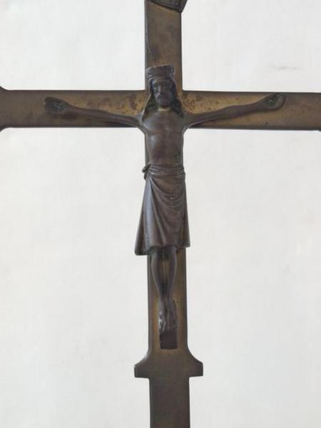 Croix d'autel (de la sacristie sud)