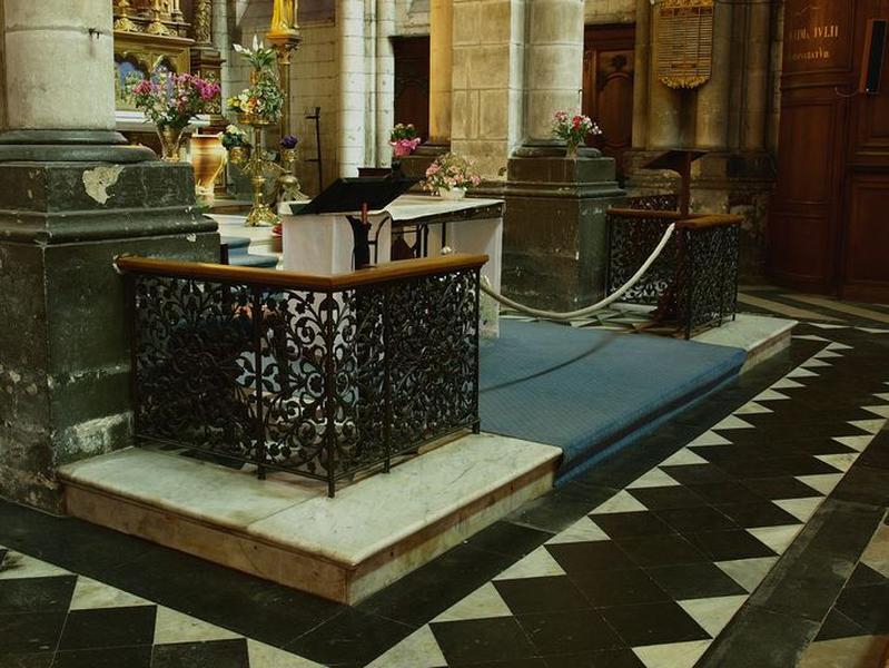 Clôture de la chapelle de Notre-Dame-des-Miracles