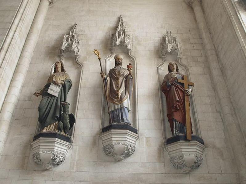Ensemble de 3 statues : saint Jean l'Evangéliste, saint Augustin, sainte Marie-Madeleine