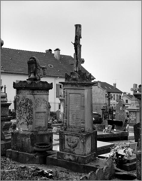 Tombeau de la famille Saint-Dizier - Humbert