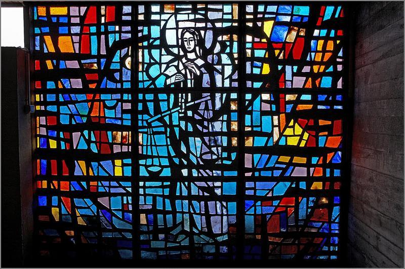verrière figurée : saint Michel