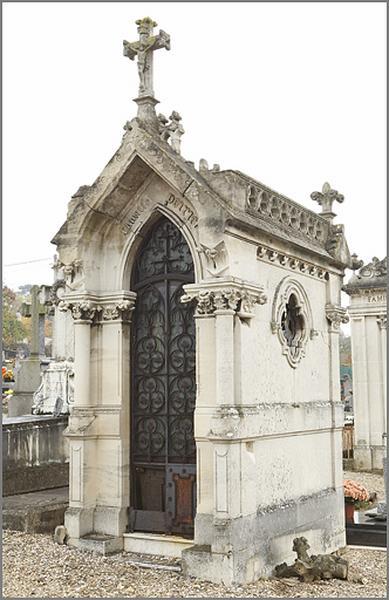 chapelle funéraire de la famille Poirier