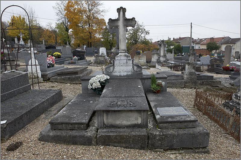 tombeau de la famille de la Salle