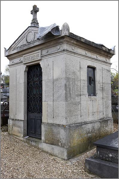 Chapelle funéraire de la famille Saint-Joire