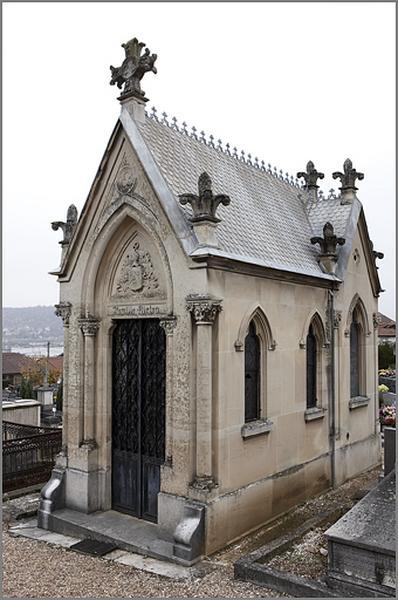Chapelle funéraire de la famille Riston