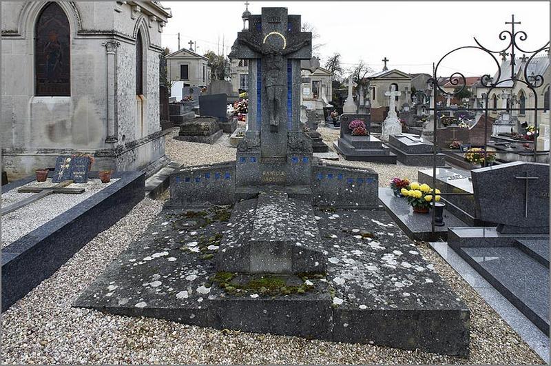 tombeau de la famille Jacquel