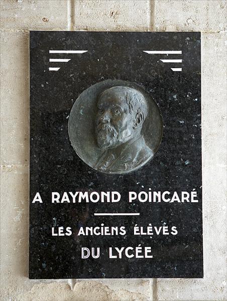 monument commémoratif à Raymond Poincaré