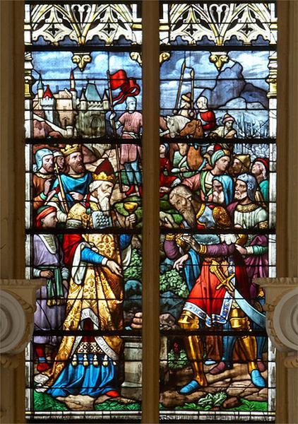 Ensemble de 12 verrières (2 verrières figurées, 2 verrières géométriques, 7 verrières à bornes, 1 verrière décorative) et 1 rose