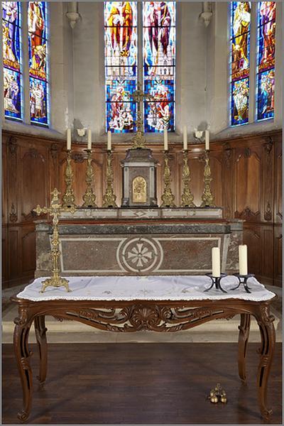 ensemble du maître-autel : autel, gradin, tabernacle