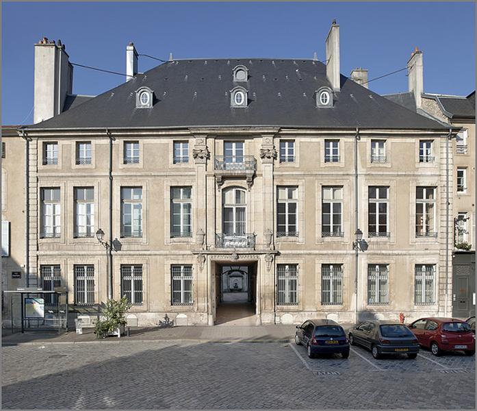 Hôtel de Custine puis Hôtel de Ludres