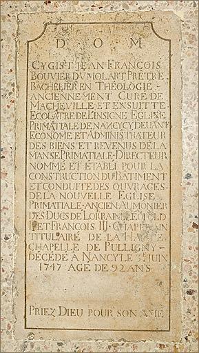 Dalle funéraire du chanoine Jean-François Bouvier Dumolart
