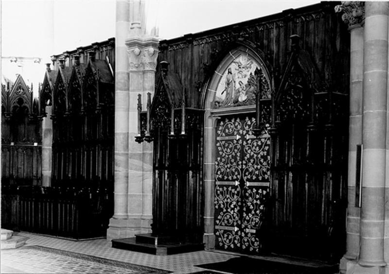 stalles, lambris de revêtement, style néo-gothique