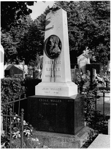 tombeau de Frédéric Muller No 12
