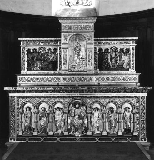Autel, tabernacle (maître-autel, autel tombeau), style néo-roman