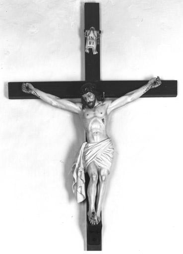 Croix : Christ en croix (1)